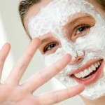 woman-with-homeade-facial-mask-11